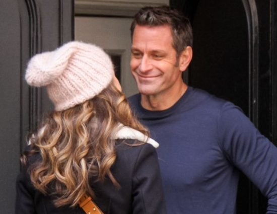 Younger Season 6 – new set photos – Sutton Foster and Peter Hermann kiss while filming